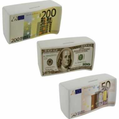 Grote spaarpot euro biljet .